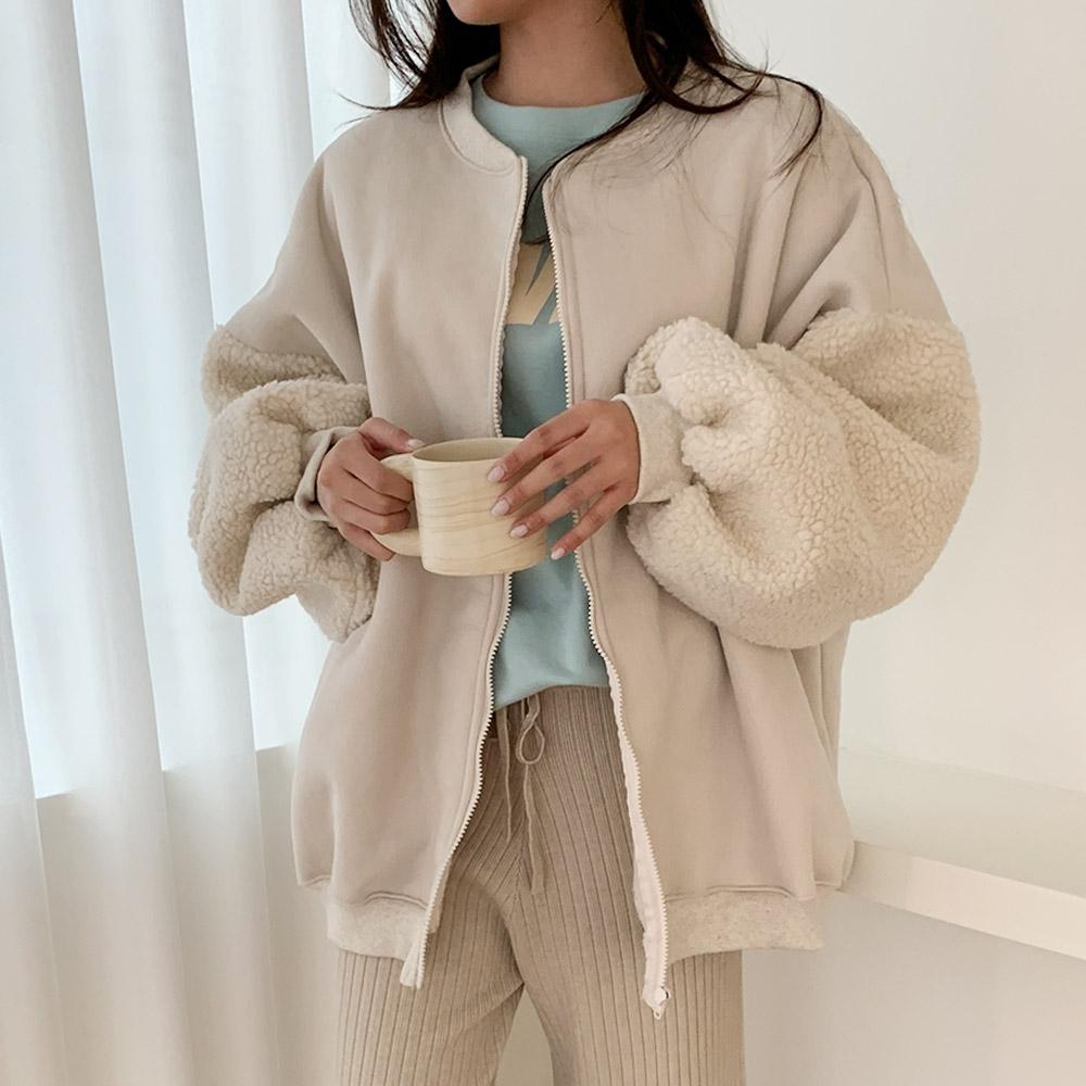 아끄 겨울 무스탕 루즈핏 양털점퍼