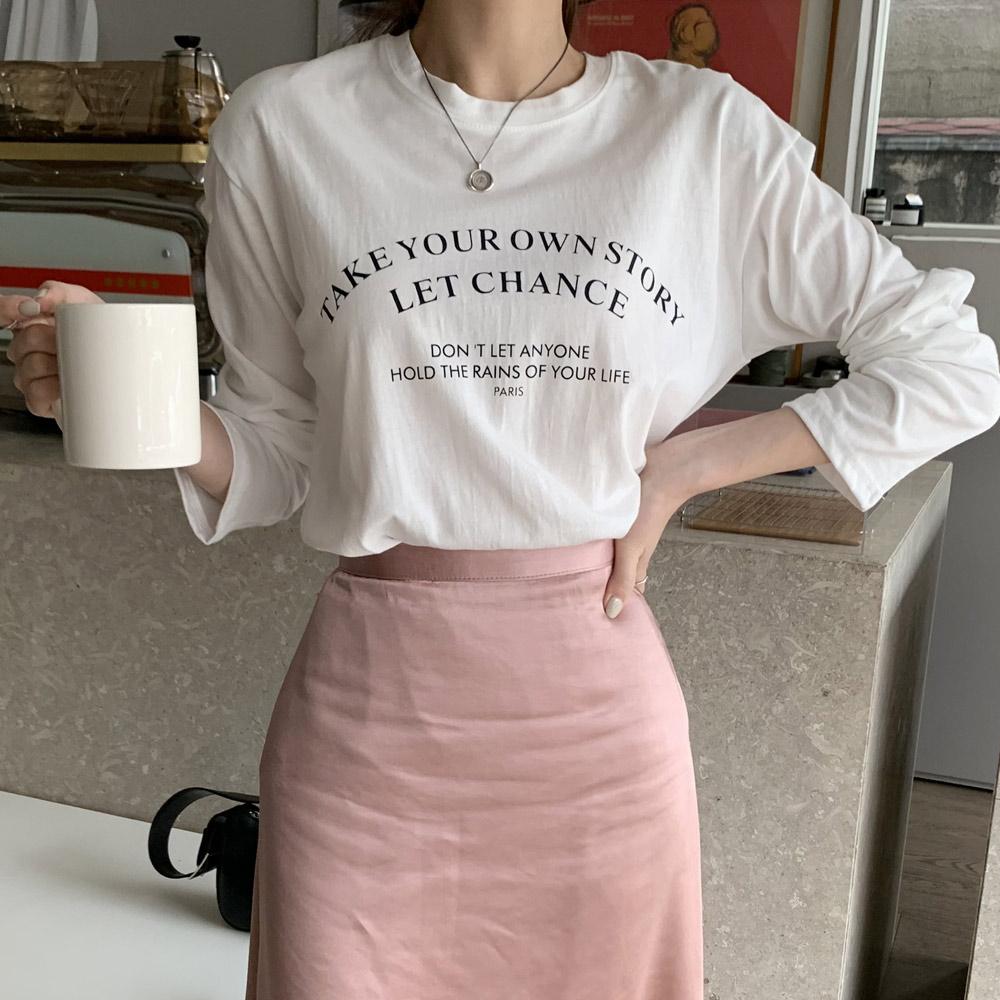 [주문폭주] 아던 라운드 영문 프린팅 여성 긴팔 티셔츠